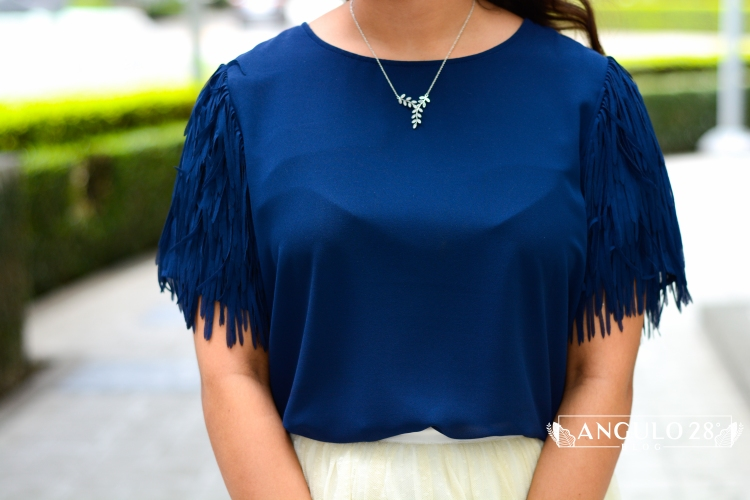 angulo 28 blog outfit inspiration street style blue fringe and skirt 9.jpg